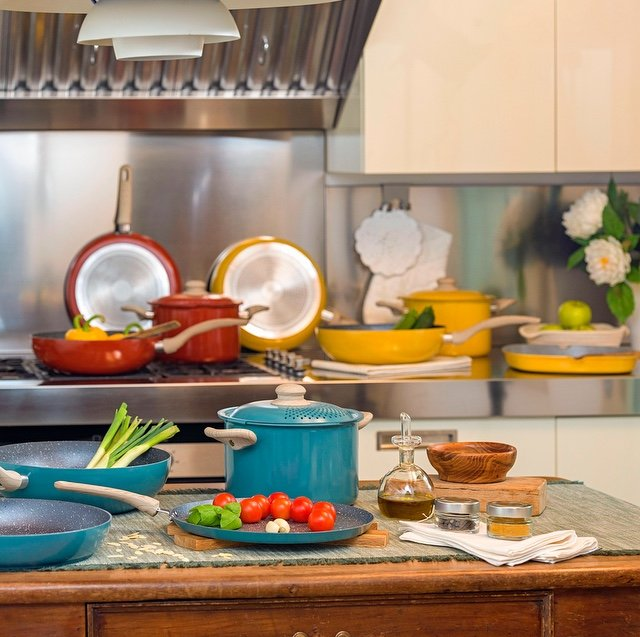 dining sets and cookware